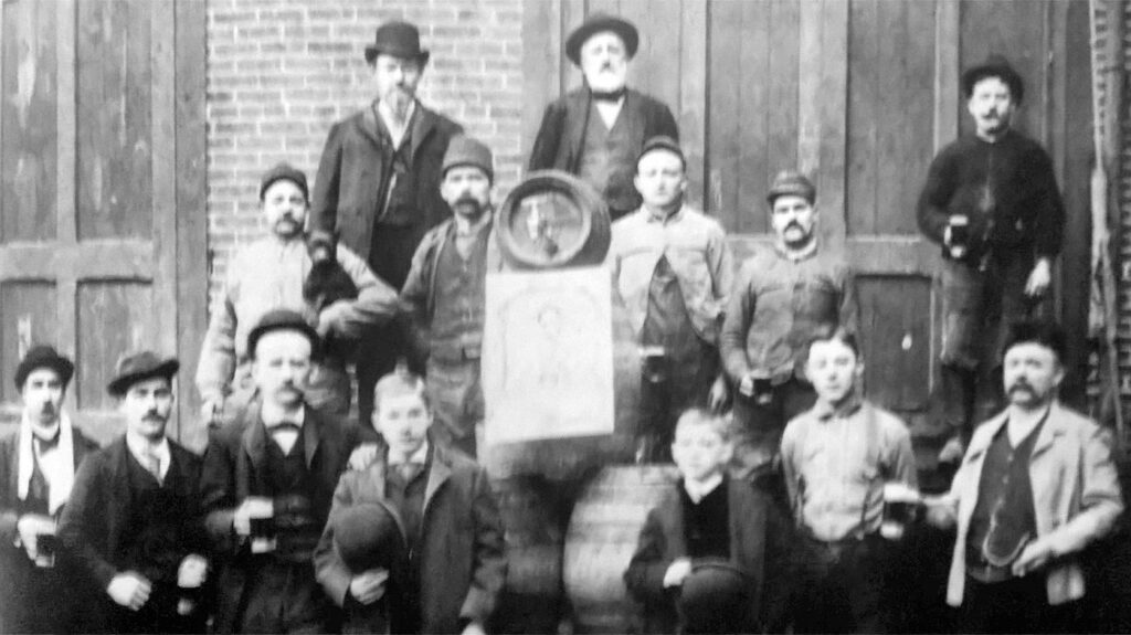 Some critical thinking workers with very important job duties pay close attention and are a strong example of having great mustaches  https://upload.wikimedia.org/wikipedia/commons/3/3f/1885_-_Eagle_Brewery_Workers_-_Allentown_PA.jpg